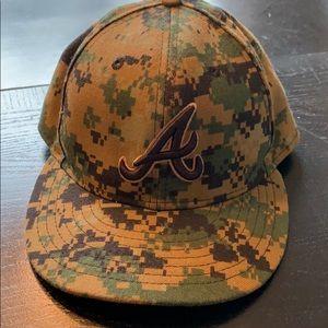 ATLANTA BRAVES New Era camp hat 7 1/4